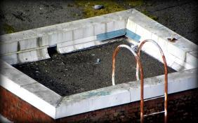roof ladder (© 2010 Tisha Clinkenbeard)