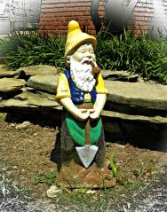 shovel gnome