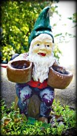 basket gnome
