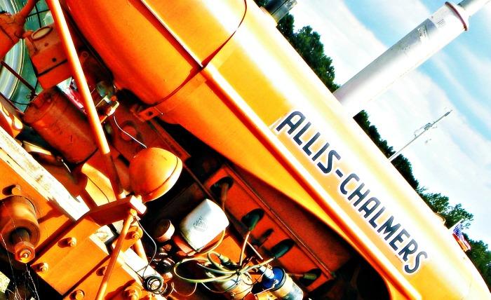 orange Allis-Chalmers