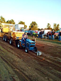 blue mower competitor (©2011 Tisha Clinkenbeard)