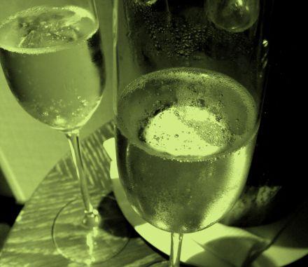 odd champagne