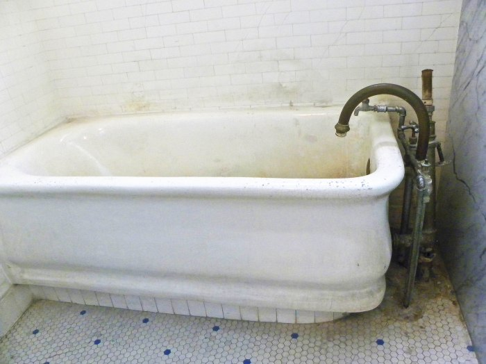 thermal bath tub